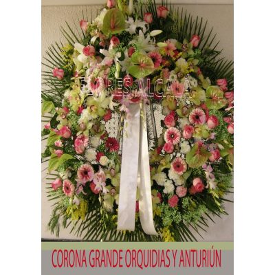 Corona Grande Variada de color con Rosas