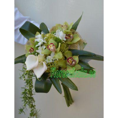 Ramo de Novia con Caidas con Orquideas y Callas  y verdes Ornamentales